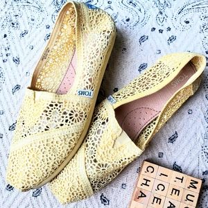 Toms Yellow Crocheted Flats